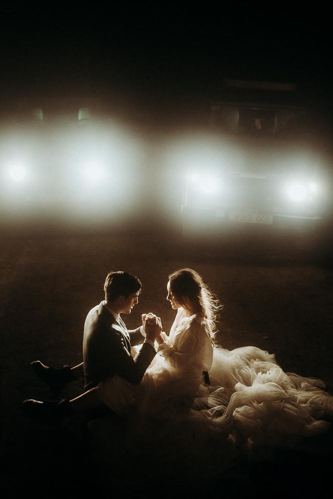 hochzeit paar schönes licht abenteuer elopement